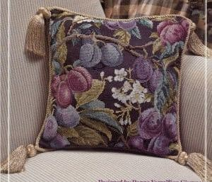 "Free cross-stitch pattern for pillow ""Prunes"""
