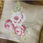 Floral cushion-cross stitch design